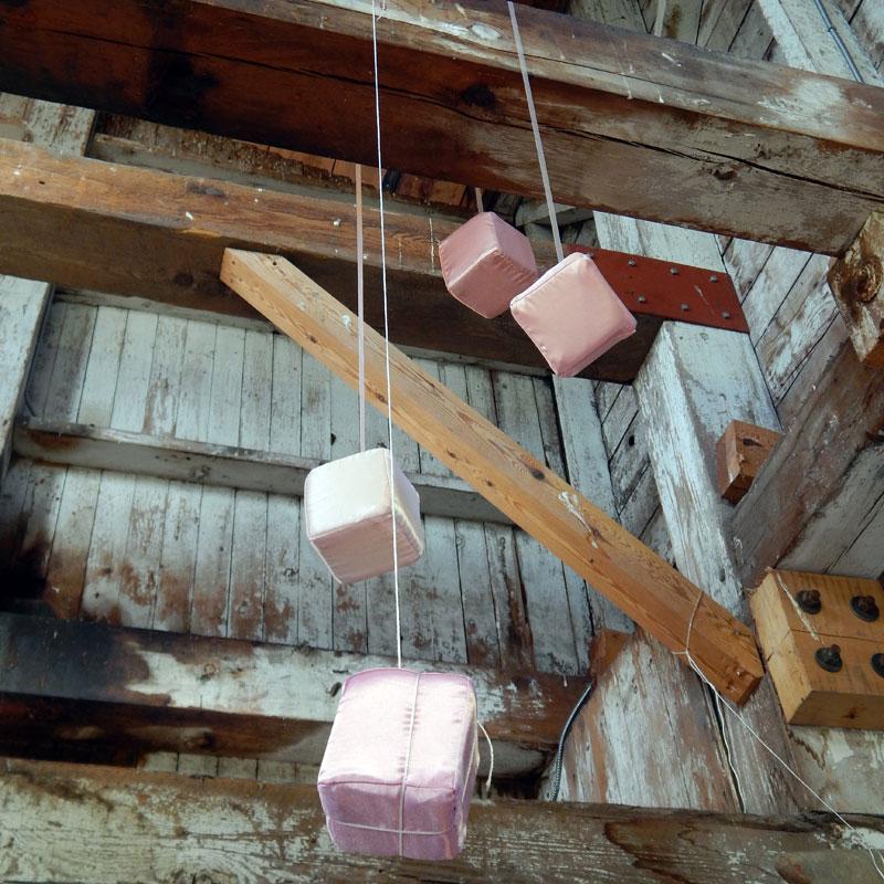 attic-scroll-37